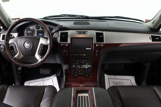 Certified Pre-Owned 2014 Cadillac Escalade Luxury