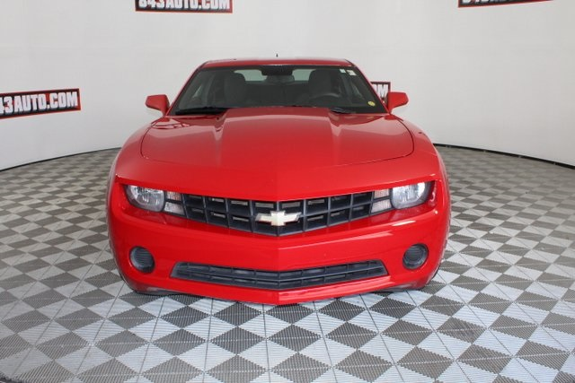 Certified Pre-Owned 2011 Chevrolet Camaro 1LS