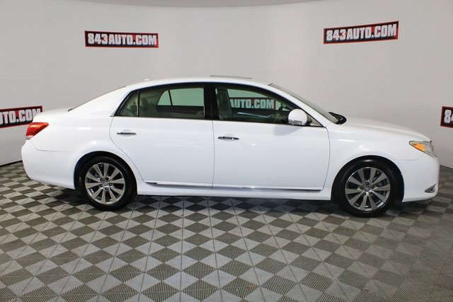 Certified Pre-Owned 2011 Toyota Avalon Limited