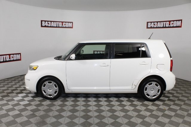 Certified Pre-Owned 2009 Scion xB